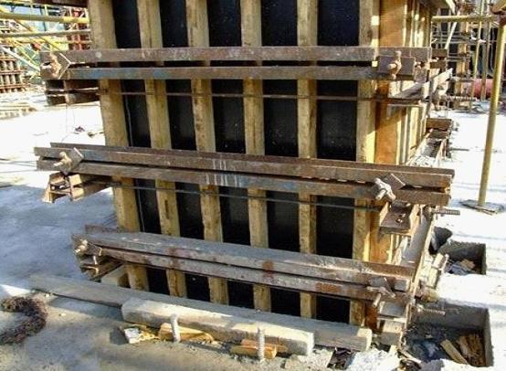 构造柱模板加固图片