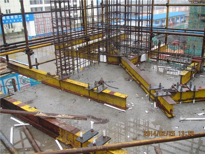 附着式升降脚手架_型钢悬挑脚手架与附着式升降脚手架的区别建