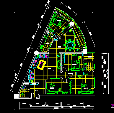 某三角形住宅户型平面图