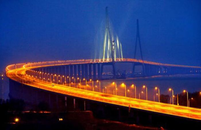 世界跨径最长的斜拉桥 苏通大桥
