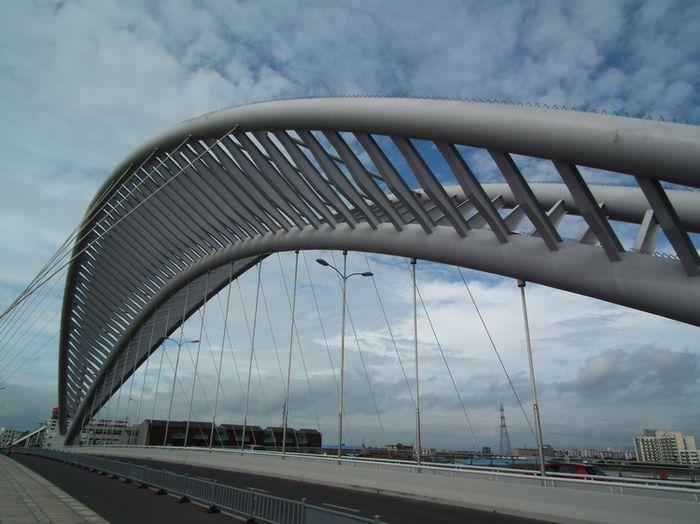 下承式系杆拱桥